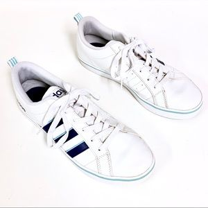 ADIDAS White with Blue/Baby Blue Stripes Size 8